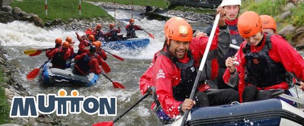 Adrenalínový rafting na umelom kanáli alebo splav Váhu