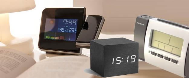 Originálne budíky a hodiny s projektorom